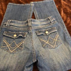 Lee Jeans. Slender Secret. Petite.